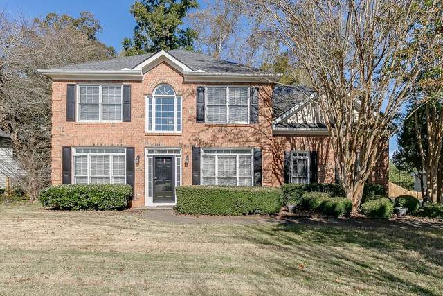 5570 Kennemore Drive, Alpharetta, GA 30004 (MLS #6804737) :: North Atlanta Home Team