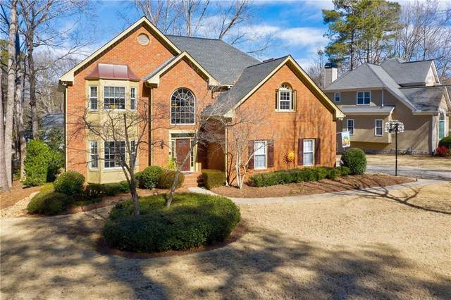 10075 Groomsbridge Road, Johns Creek, GA 30022 (MLS #6829405) :: The Realty Queen & Team