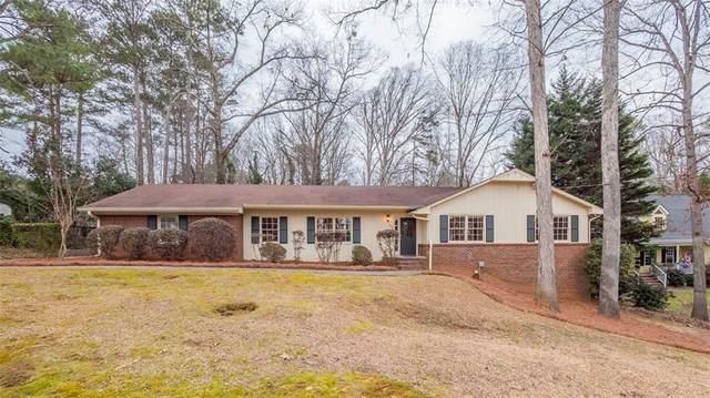 172 Laurelwood Lane, Alpharetta, GA 30009 (MLS #6829889) :: North Atlanta Home Team