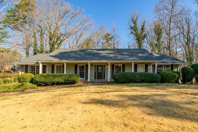 4607 Huntridge Drive NE, Roswell, GA 30075 (MLS #6846675) :: North Atlanta Home Team