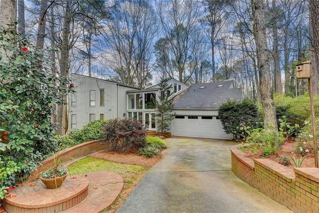 8955 Ridgemont Drive NE, Sandy Springs, GA 30350 (MLS #6854546) :: Rock River Realty