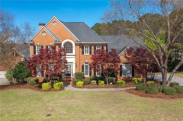 1070 Montclair Way, Snellville, GA 30078 (MLS #6863709) :: The Realty Queen & Team
