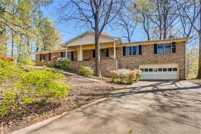4015 Green Forest Parkway SE, Smyrna, GA 30082 (MLS #6864835) :: Dillard and Company Realty Group