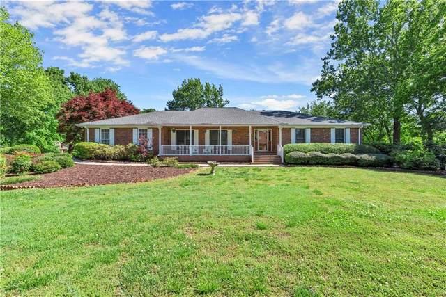165 Saddle Creek Drive, Roswell, GA 30076 (MLS #6880849) :: North Atlanta Home Team