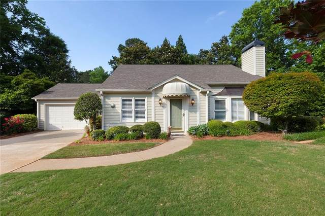 62 Jennifer Court, Marietta, GA 30062 (MLS #6883033) :: Charlie Ballard Real Estate