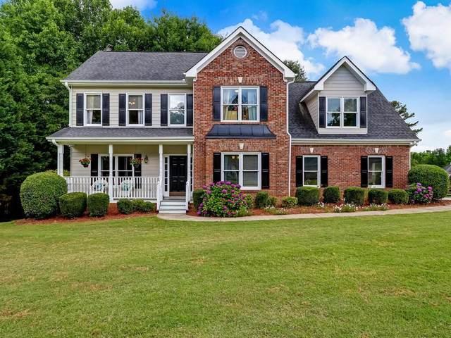 2227 Woodbriar Drive, Buford, GA 30518 (MLS #6891424) :: North Atlanta Home Team