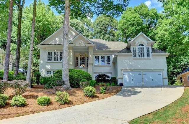3338 Trails End Road NE, Roswell, GA 30075 (MLS #6895916) :: North Atlanta Home Team