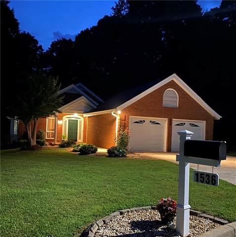 1536 Woodland Court, Gainesville, GA 30501 (MLS #6905777) :: North Atlanta Home Team