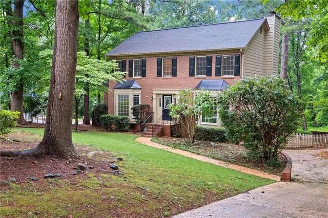 4907 Laurel Spring Drive NE, Roswell, GA 30075 (MLS #6906676) :: Kennesaw Life Real Estate