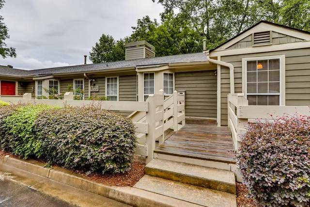 306 Riverview Drive SE, Marietta, GA 30067 (MLS #6916056) :: North Atlanta Home Team