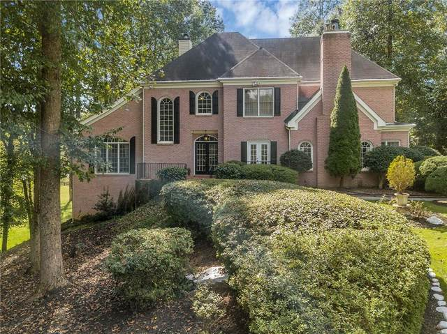 14735 Glencreek Way, Alpharetta, GA 30004 (MLS #6922179) :: North Atlanta Home Team