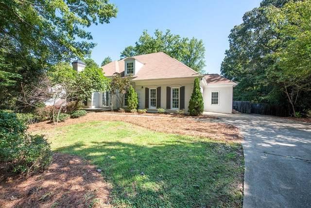 8670 Haven Wood Trail, Roswell, GA 30076 (MLS #6943188) :: North Atlanta Home Team