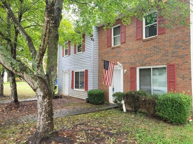 370 Sprucewood Court, Lawrenceville, GA 30046 (MLS #6946616) :: North Atlanta Home Team
