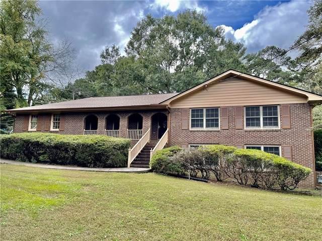 611 Oak Road, Lawrenceville, GA 30044 (MLS #6955710) :: North Atlanta Home Team