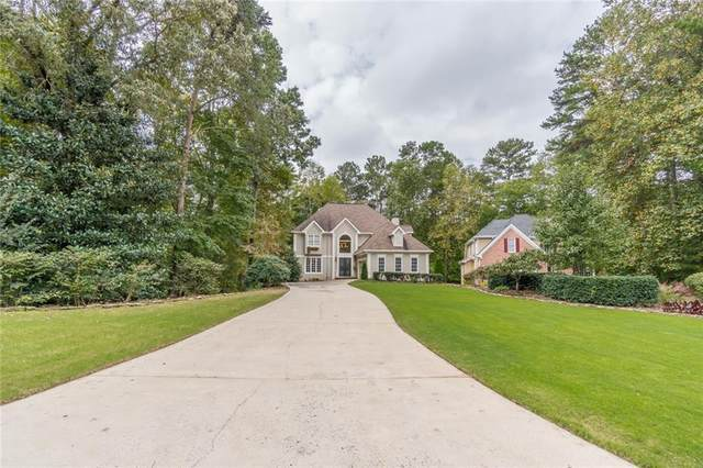489 Emerald Lake Lane, Sugar Hill, GA 30518 (MLS #6956673) :: Virtual Properties Realty