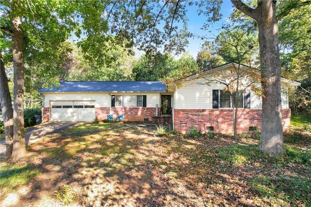 636 Holly Drive, Gainesville, GA 30501 (MLS #6960368) :: Dawn & Amy Real Estate Team