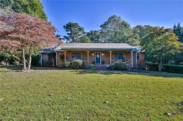 655 Cheatham Drive SW, Marietta, GA 30064 (MLS #6960810) :: The Kroupa Team | Berkshire Hathaway HomeServices Georgia Properties