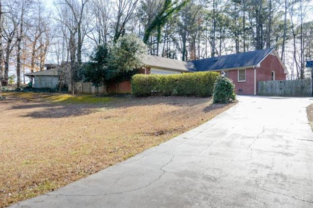 2471 Glenbonnie Drive, Dunwoody, GA 30360 (MLS #5949245) :: North Atlanta Home Team