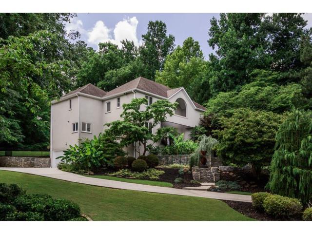 2000 Woodsdale Road NE, Atlanta, GA 30324 (MLS #6029522) :: North Atlanta Home Team