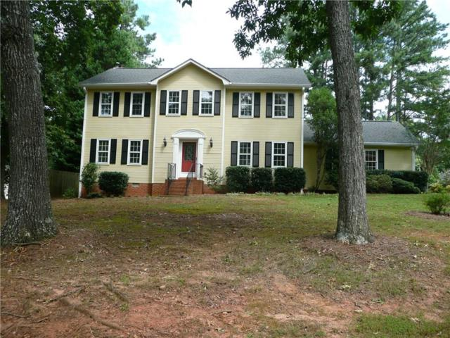 1657 Windcrest Drive SW, Marietta, GA 30064 (MLS #6056765) :: The Cowan Connection Team