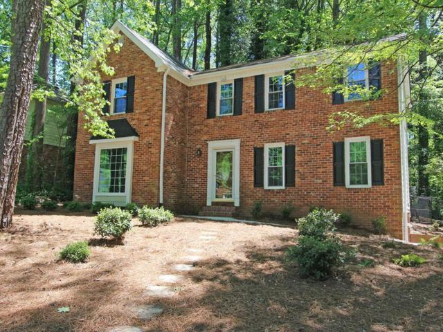1017 Hidden Hollow Drive, Marietta, GA 30068 (MLS #6539281) :: The Zac Team @ RE/MAX Metro Atlanta