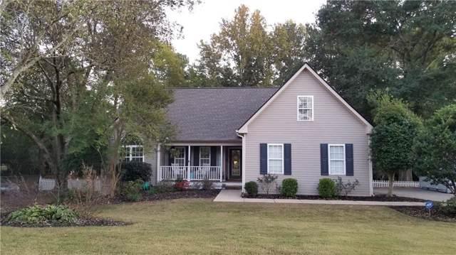 445 Norcross Street, Roswell, GA 30075 (MLS #6627600) :: Charlie Ballard Real Estate