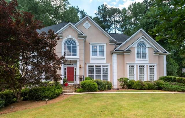 6090 Poplar Spring Drive, Peachtree Corners, GA 30092 (MLS #6694573) :: North Atlanta Home Team