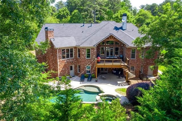 300 Knoll Woods Drive, Roswell, GA 30075 (MLS #6727810) :: North Atlanta Home Team