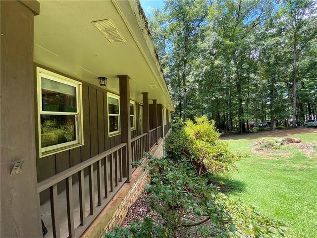 2890 Glenhaven Court SW, Conyers, GA 30094 (MLS #6766987) :: The Cowan Connection Team