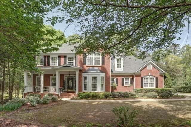 801 Lakemere Crest, Suwanee, GA 30024 (MLS #6772099) :: Tonda Booker Real Estate Sales