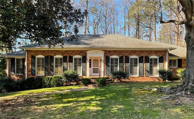 1185 Paces Forest Drive NW, Atlanta, GA 30327 (MLS #6839362) :: North Atlanta Home Team
