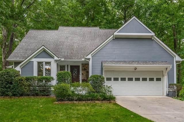 5071 Peach Mountain Circle, Gainesville, GA 30507 (MLS #6894614) :: Lucido Global