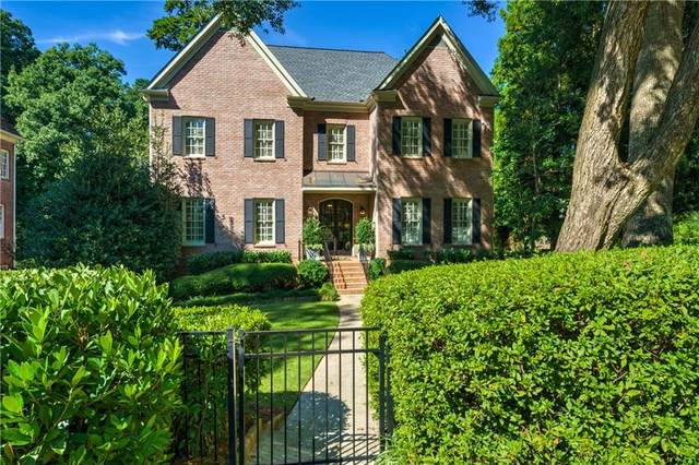 2696 Ellwood Drive NE, Atlanta, GA 30305 (MLS #6950702) :: Virtual Properties Realty