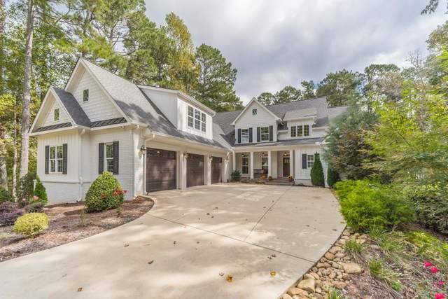 15969 Freemanville Road, Alpharetta, GA 30004 (MLS #6955604) :: North Atlanta Home Team