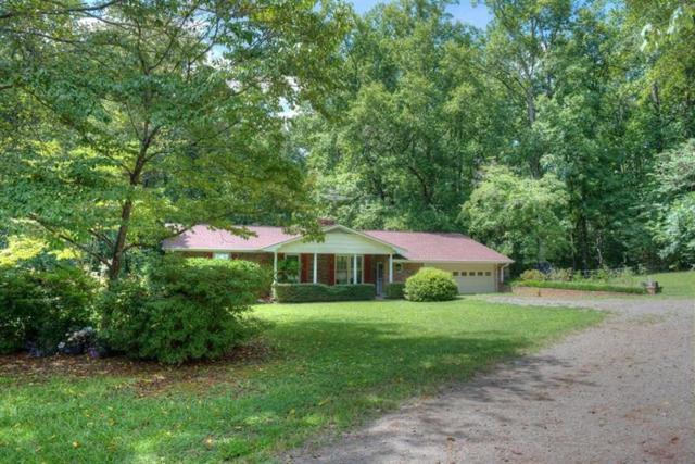2203 E Cherokee Drive, Woodstock, GA 30188 (MLS #6034804) :: North Atlanta Home Team