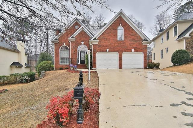 8450 Edwardton Drive, Roswell, GA 30076 (MLS #6508364) :: The Zac Team @ RE/MAX Metro Atlanta