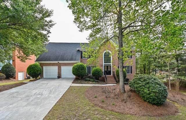 10370 Tuxford Drive, Alpharetta, GA 30022 (MLS #6709755) :: North Atlanta Home Team