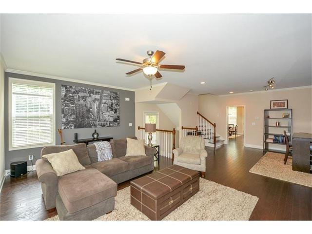 7201 Lowery Oak Drive #7201, Roswell, GA 30075 (MLS #5859549) :: North Atlanta Home Team