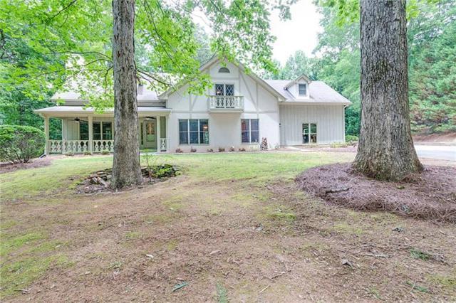 2580 Bonnie Brae Road, Cumming, GA 30041 (MLS #5995487) :: North Atlanta Home Team
