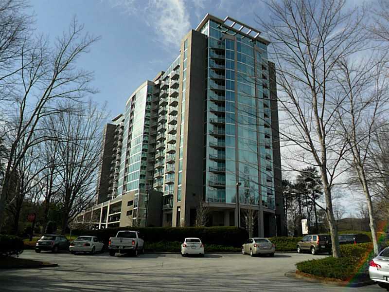 3300 Windy Ridge Parkway #401, Atlanta, GA 30339 (MLS #5078572) :: The Zac Team @ RE/MAX Metro Atlanta
