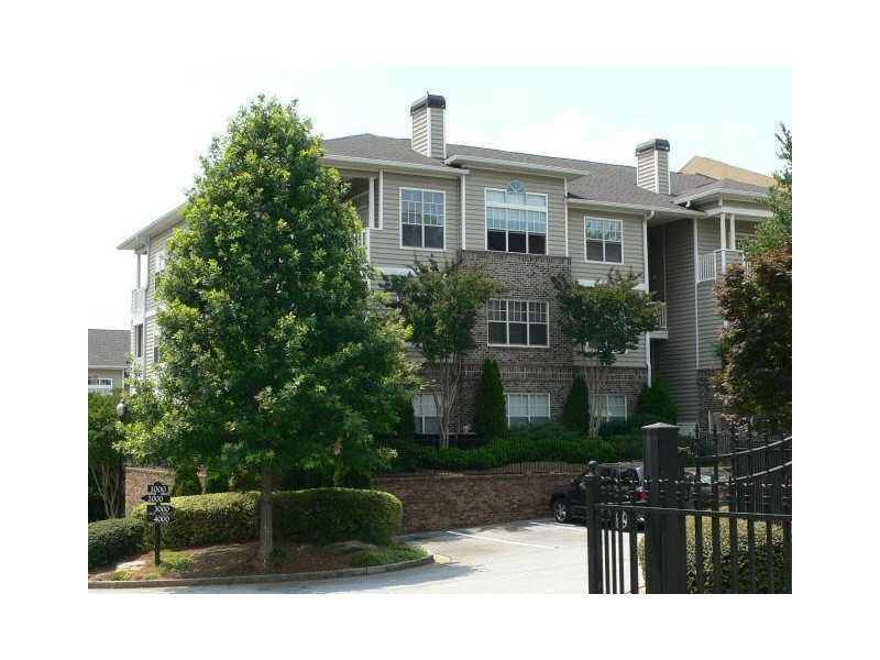 2700 Pine Tree Road NE #2313, Atlanta, GA 30324 (MLS #5101726) :: The Zac Team @ RE/MAX Metro Atlanta