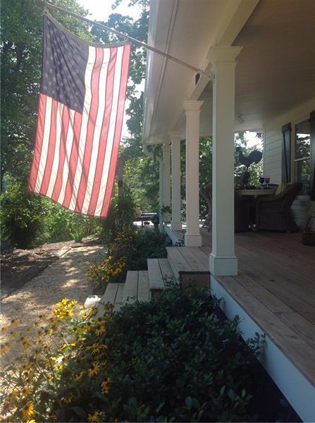 1018 Arnold Mill Road, Woodstock, GA 30188 (MLS #5502169) :: North Atlanta Home Team