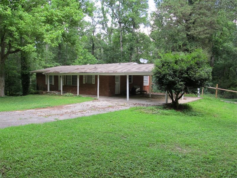 1062 Lawanna Drive, Marietta, GA 30062 (MLS #5558383) :: North Atlanta Home Team