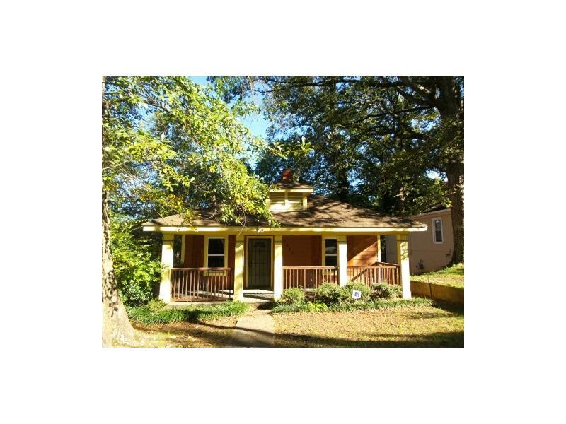 1405 Fulton Avenue, East Point, GA 30344 (MLS #5610795) :: North Atlanta Home Team