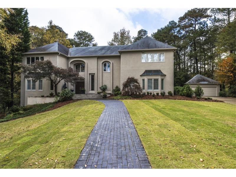 210 N Chambord Drive NW, Atlanta, GA 30327 (MLS #5620394) :: North Atlanta Home Team