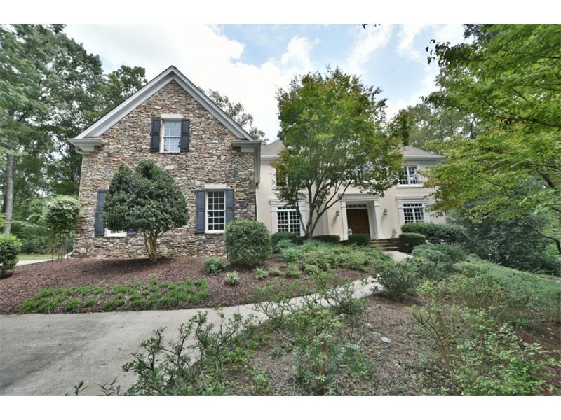 10565 Montclair Way, Johns Creek, GA 30097 (MLS #5633594) :: North Atlanta Home Team