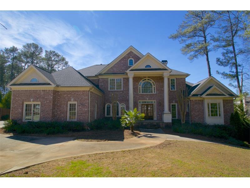 1701 Old Canton Road, Marietta, GA 30062 (MLS #5657702) :: North Atlanta Home Team