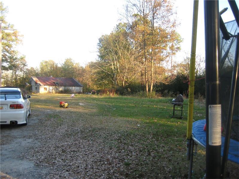 845 Camp Perrin Road, Lawrenceville, GA 30043 (MLS #5667291) :: North Atlanta Home Team