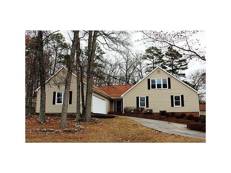 224 Shadowood Drive SE, Calhoun, GA 30701 (MLS #5671857) :: North Atlanta Home Team