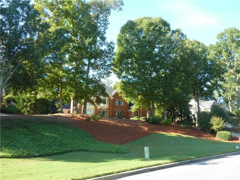 6100 Polo Drive, Cumming, GA 30040 (MLS #5677345) :: North Atlanta Home Team